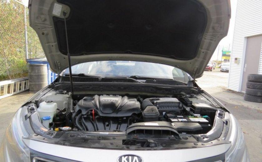 2014 Kia Optima lx   et 10 ans 200000 km sur le moteur #1