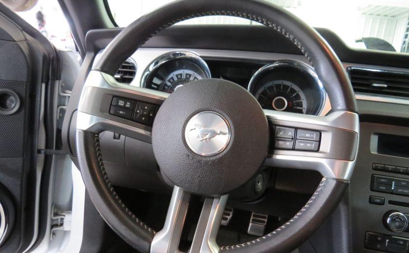 2013 Ford Mustang V6 Premium #10