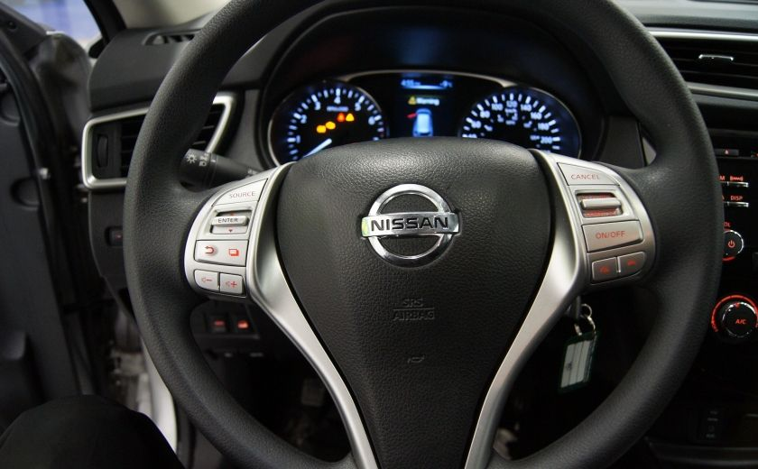 2015 Nissan Rogue S 4X4 #18