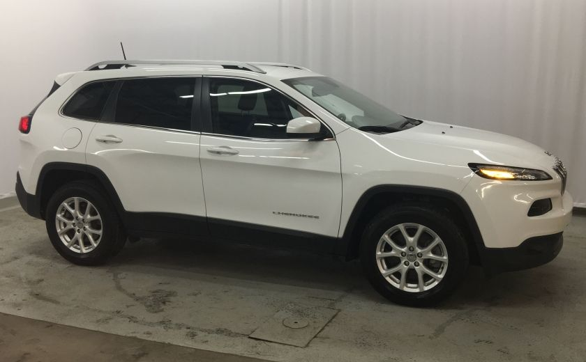 2016 Jeep Cherokee North 4X4 #35
