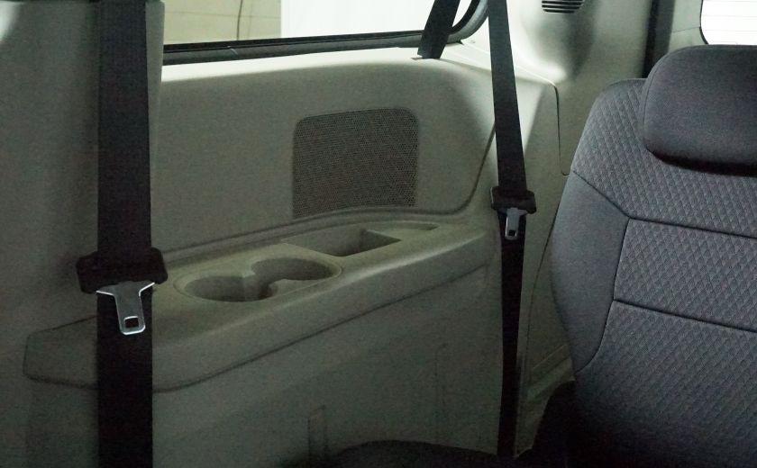 2010 Dodge GR Caravan SE #20