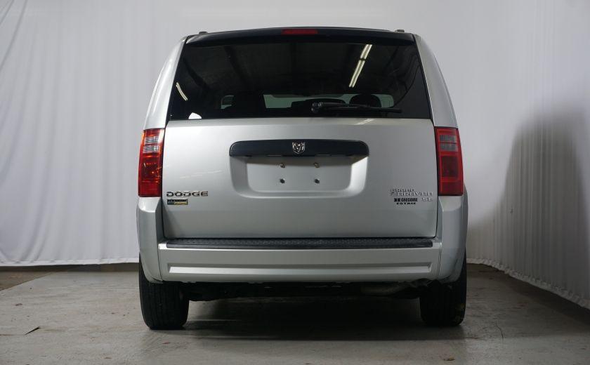 2010 Dodge GR Caravan SE #25