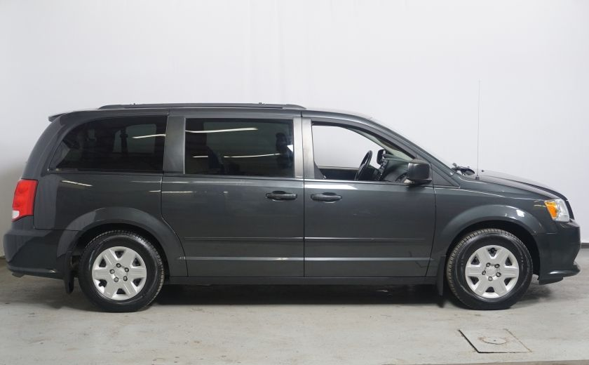 2011 Dodge GR Caravan SXT STOW AND GO #2