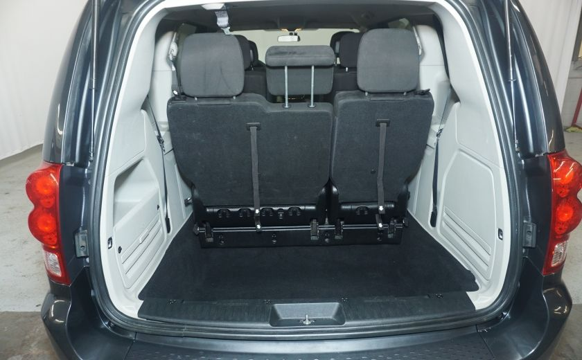 2011 Dodge GR Caravan SXT STOW AND GO #8