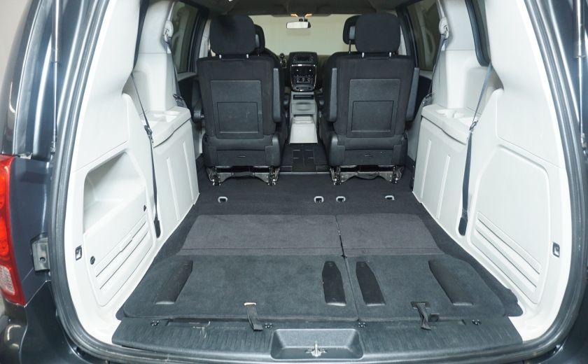 2011 Dodge GR Caravan SXT STOW AND GO #10