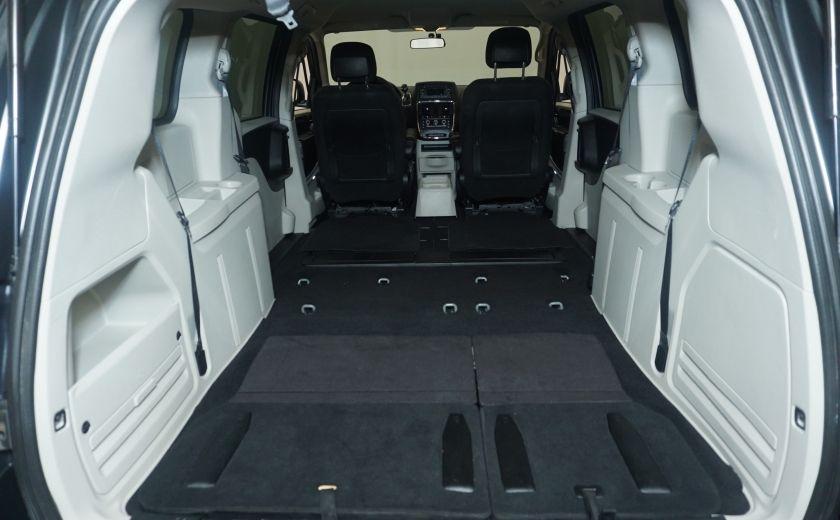 2011 Dodge GR Caravan SXT STOW AND GO #15