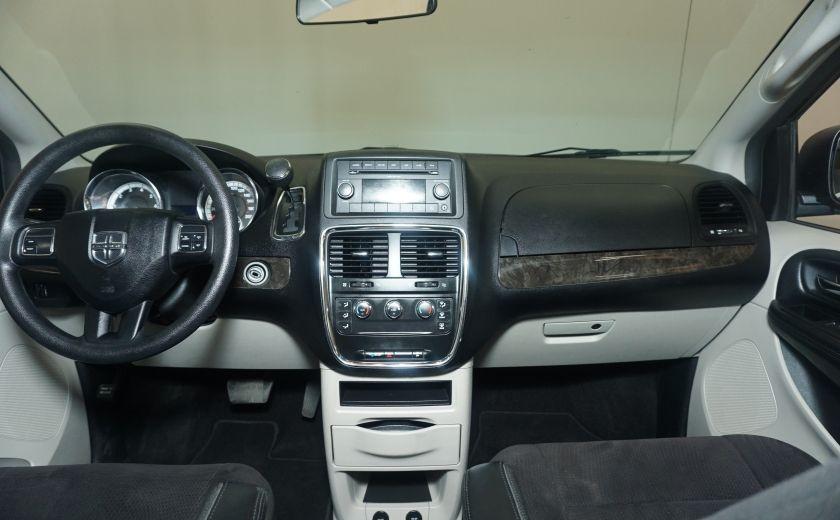 2011 Dodge GR Caravan SXT STOW AND GO #19