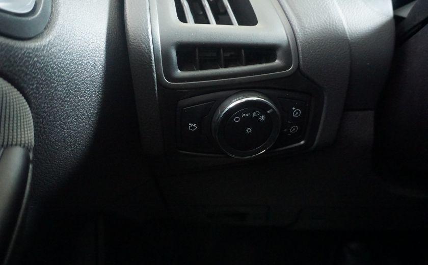 2013 Ford Focus SE #19