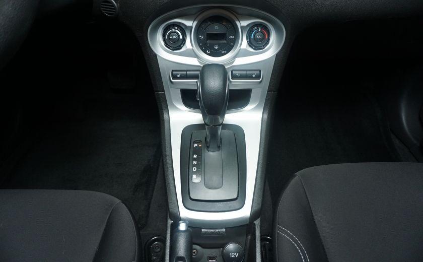 2014 Ford Fiesta SE #17