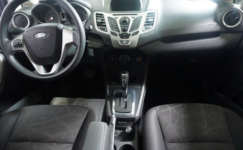 2013 Ford Fiesta SE #5