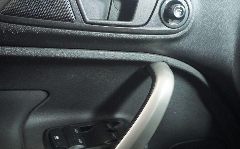 2013 Ford Fiesta SE #13