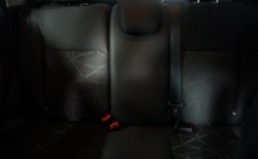 2013 Ford Fiesta SE #14