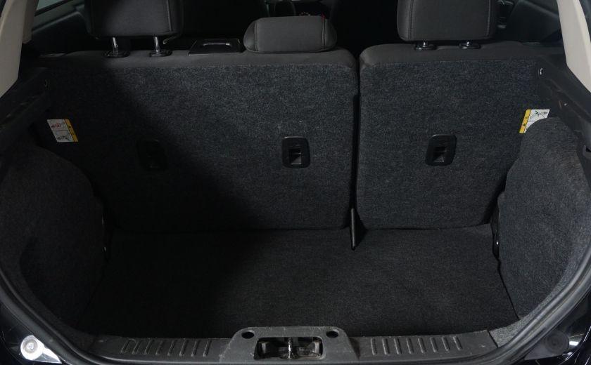 2013 Ford Fiesta SE #18