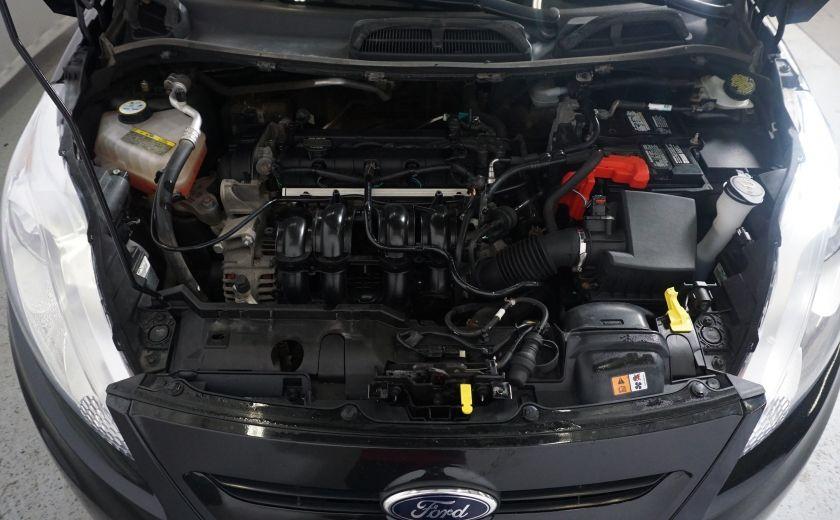 2013 Ford Fiesta SE #19
