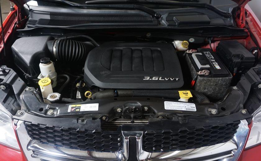 2013 Dodge GR Caravan SXT stow & go #3