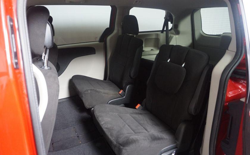 2013 Dodge GR Caravan SXT stow & go #9