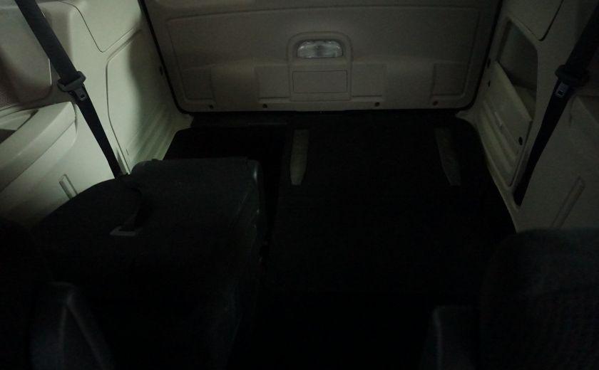 2013 Dodge GR Caravan SXT stow & go #10