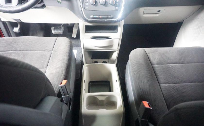 2013 Dodge GR Caravan SXT stow & go #11
