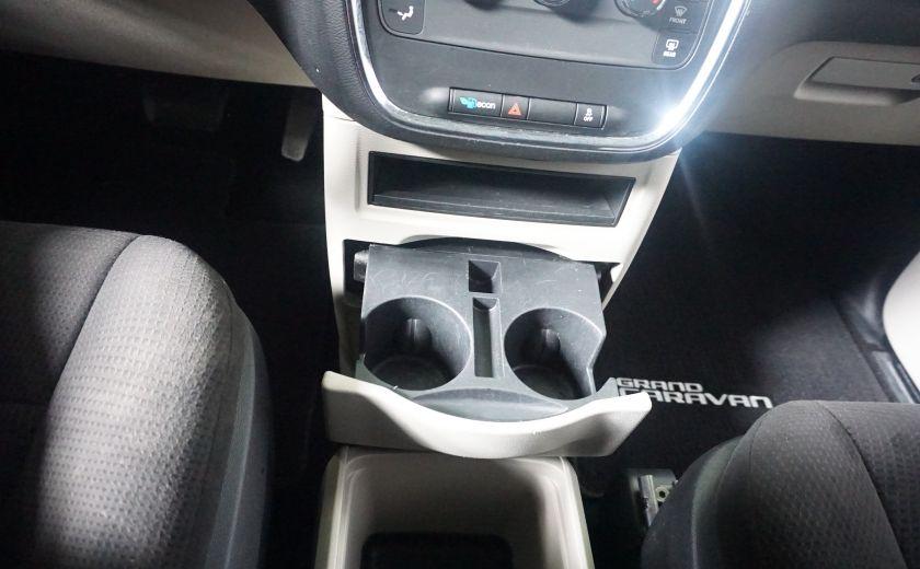 2013 Dodge GR Caravan SXT stow & go #21