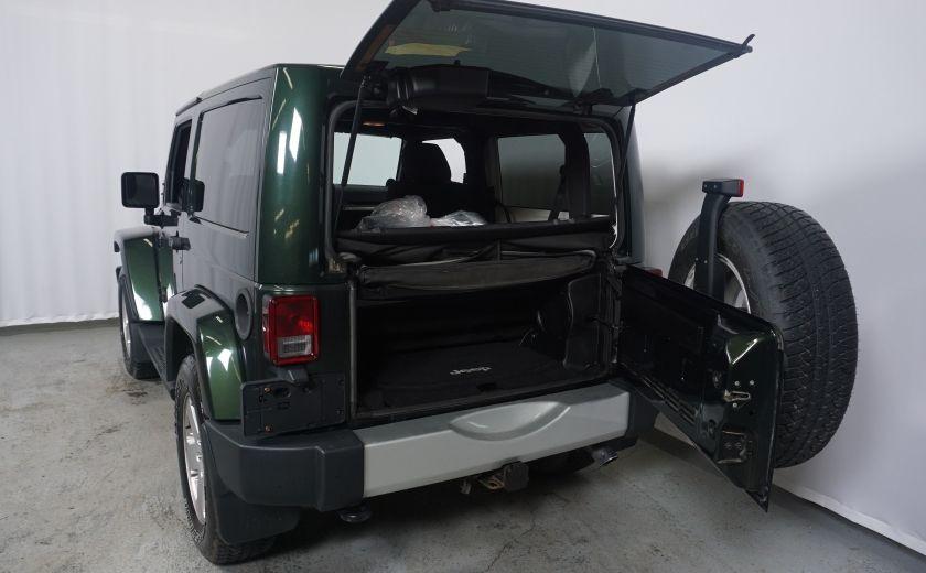 2011 Jeep Wrangler Sahara #8