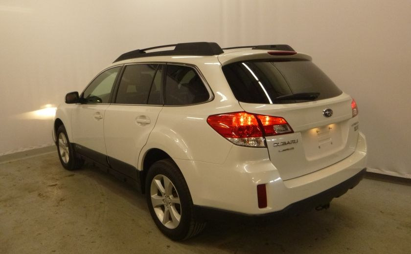 2013 Subaru Outback 2.5i Touring #1