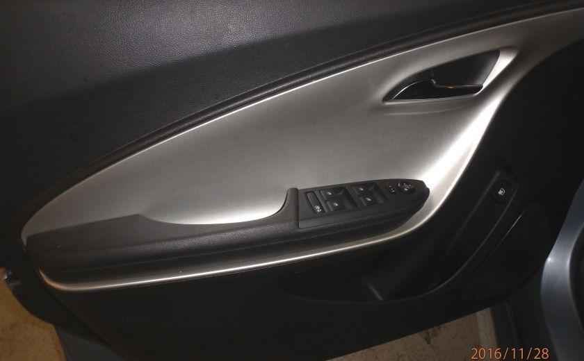 2014 Chevrolet Volt 5dr HB #9