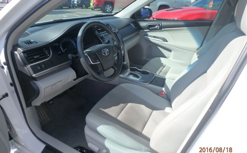 2013 Toyota Camry XLE #19
