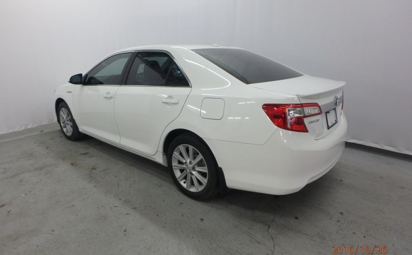 2013 Toyota Camry XLE #1