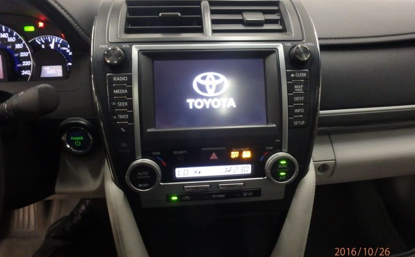 2013 Toyota Camry XLE #23