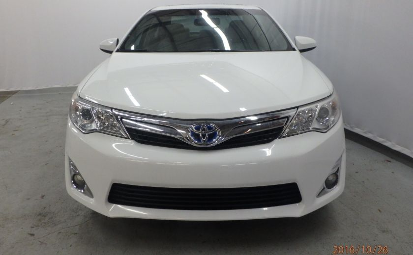 2013 Toyota Camry XLE #3