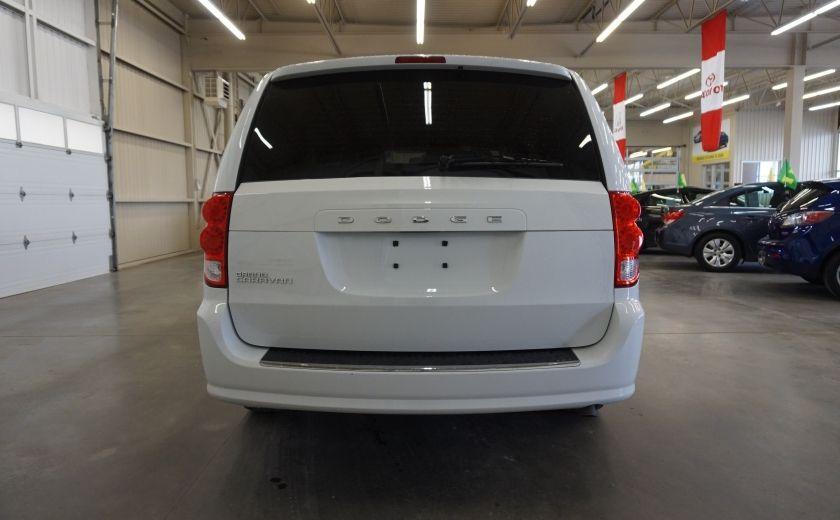2015 Dodge GR Caravan SE #5