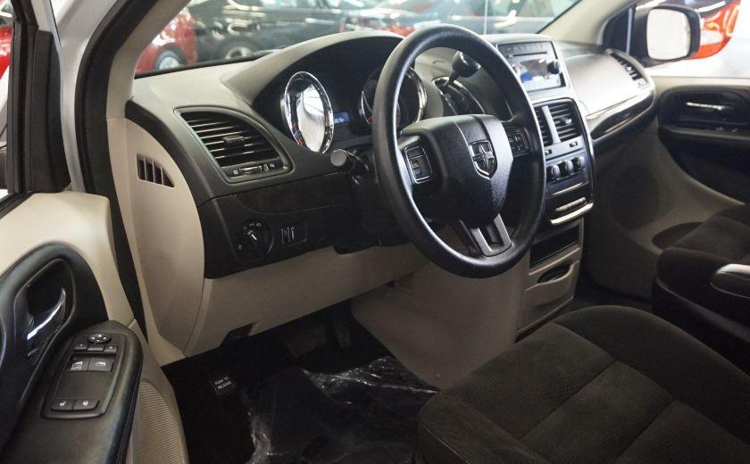 2015 Dodge GR Caravan SE #9