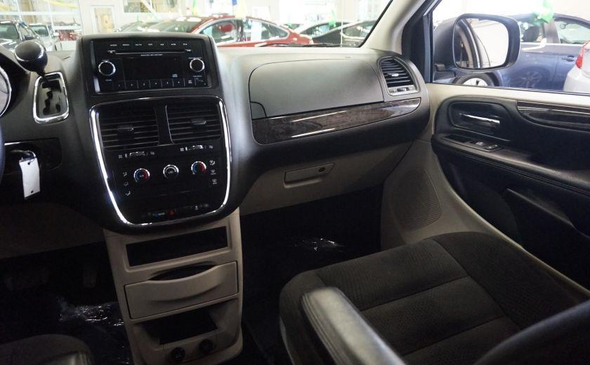 2015 Dodge GR Caravan SE #10