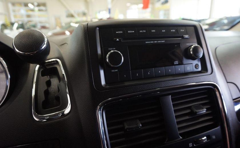 2015 Dodge GR Caravan SE #16