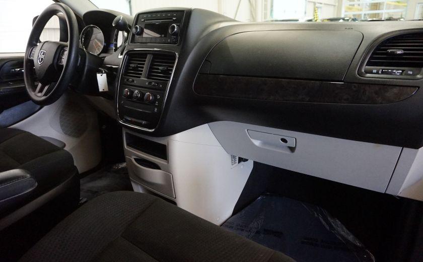 2015 Dodge GR Caravan SE #27