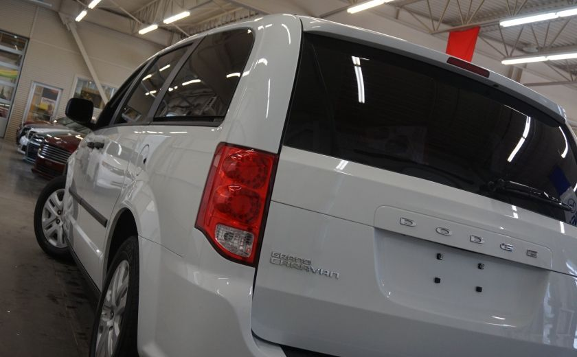 2015 Dodge GR Caravan SE #30