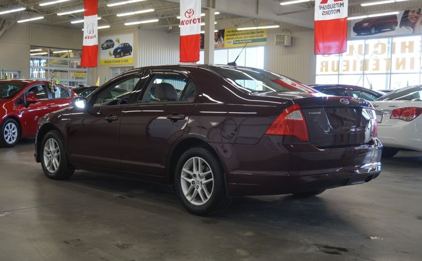 2011 Ford Fusion S #4