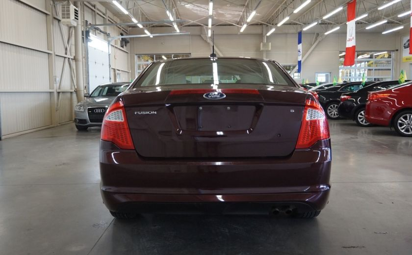 2011 Ford Fusion S #5