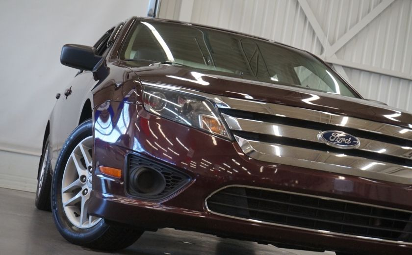 2011 Ford Fusion S #27