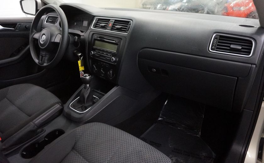 2011 Volkswagen Jetta Comfortline (toit ouvrant) #24
