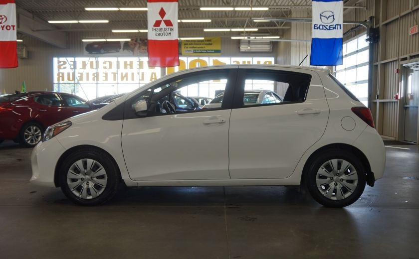 2015 Toyota Yaris LE #3