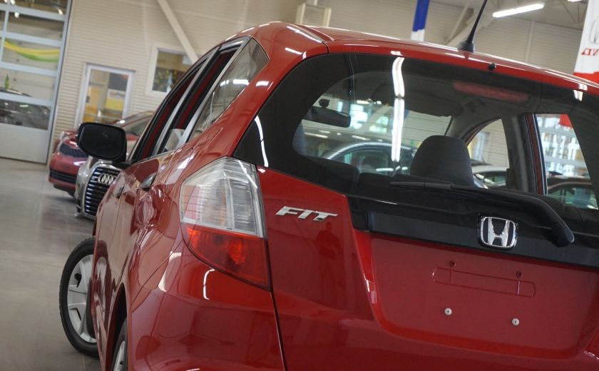 2014 Honda Fit DX #28
