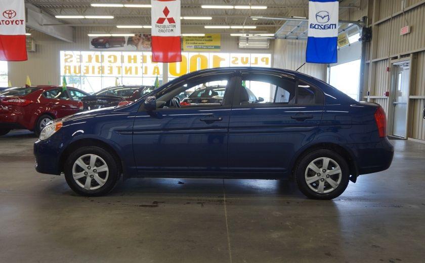2011 Hyundai Accent GL #3