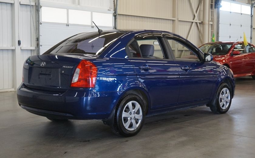 2011 Hyundai Accent GL #6