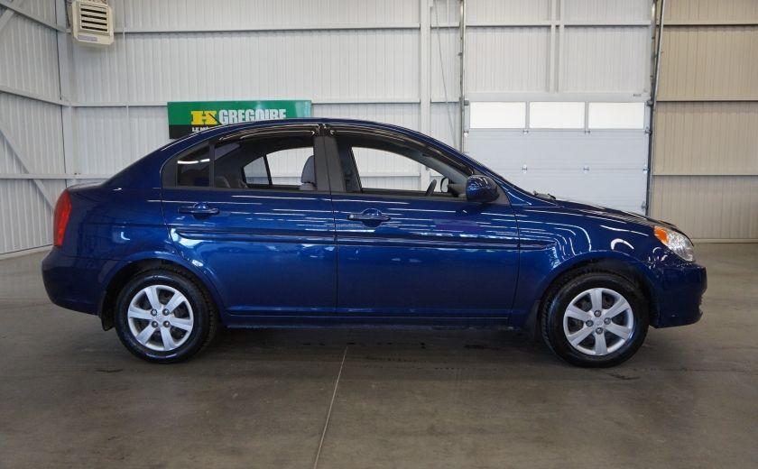 2011 Hyundai Accent GL #7