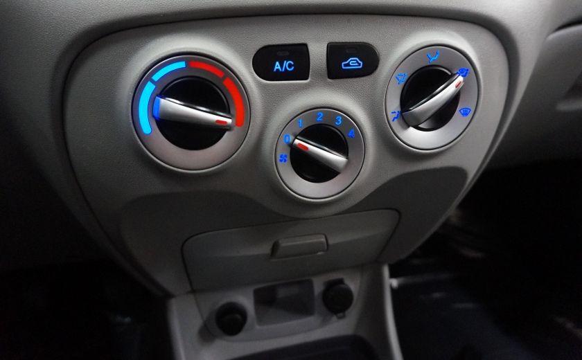 2011 Hyundai Accent GL #13