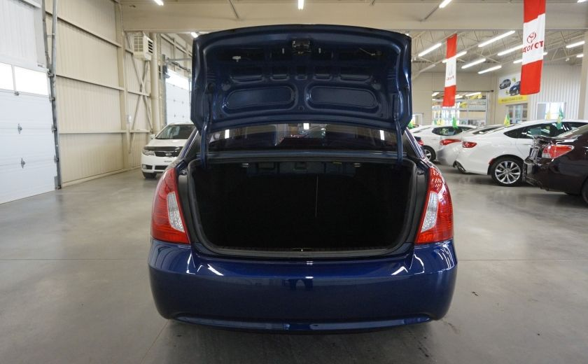 2011 Hyundai Accent GL #17