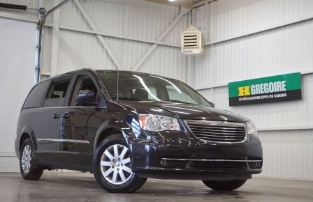 2016 Chrysler Town And Country Stow'n Go (caméra-tv/dvd) à Sherbrooke
