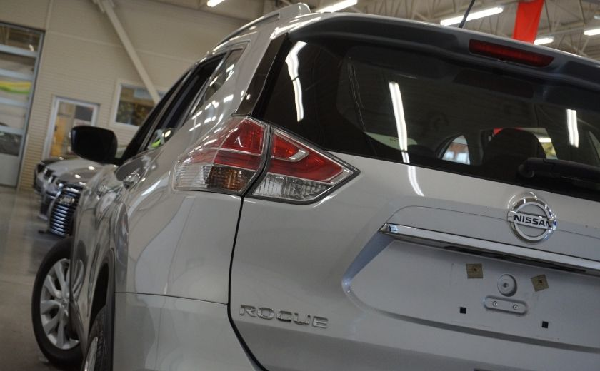 2015 Nissan Rogue S AWD (caméra de recul) #32
