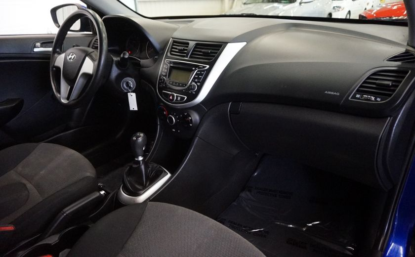 2013 Hyundai Accent L #23